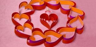 Как сделать венок из сердечек к Дню Святого Валентина