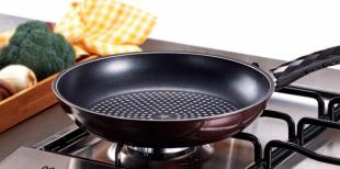 Как подготовить сковороду к использованию