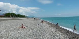 Летний Адлер: лучшие пляжи и места развлечений